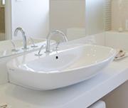 今までよりも大きな洗面器で快適な洗面台